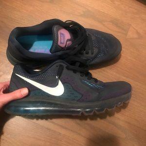 Men's Nike Air Max - Size 11.5